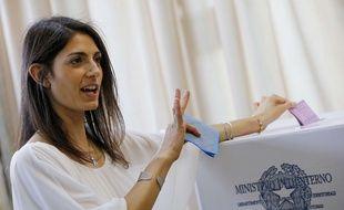 Virginia Raggi, la nouvelle maire de Rome, lors de l'élection le 19 juin 2016.