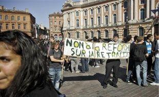 Après avoir défilé dans le centre-ville, les lycéens se sont rassemblés au Capitole.