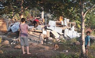 Une maison effondrée après le séisme sur l'île de Lombok, en Indonésie, le 29 juillet 2018.