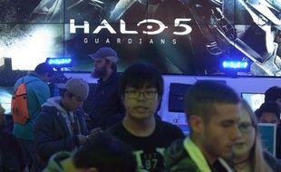 Le lancement de  «Halo 5: Guardians» au magasin Microsoft à Seattle en octobre 2015