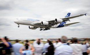 Un Airbus A380 au salon de Farnborough, dans le sud de l'Angleterre, le 16 juillet 2014