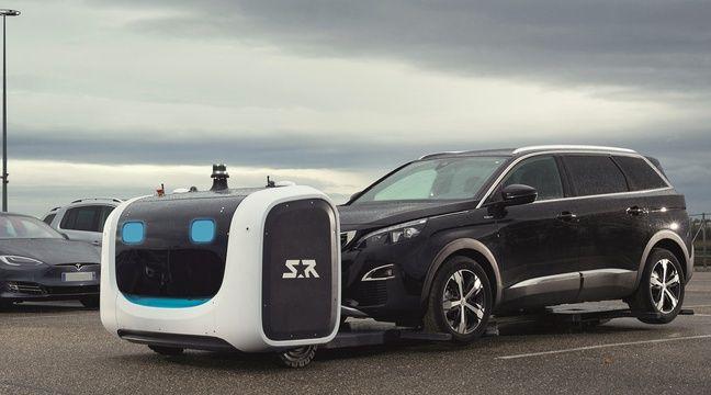 video lyon a l 39 a roport saint exup ry des robots vont garer votre voiture une premi re. Black Bedroom Furniture Sets. Home Design Ideas