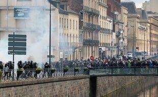 C'est sur ce pont qu'un étudiant avait été blessé par un tir de LBD lors d'une manifestation contre la loi Travail à Rennes le 28 avril 2016. Il a perdu son œil.