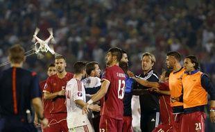 Après l'arrivée d'un drone avec le drapeau albanais, la rencontre entre la Serbie et l'Albanie a dégénéré le 14 octobre 2014.
