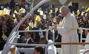 Le pape François à son arrivée à Antananarivo, Madagascar, le 7 septembre 2019.