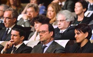 Le Premier ministre Manuel Valls, le président François Hollande et la ministre de l'Education nationale Najat Vallaud-Belkacem.