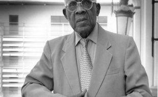 """Aimé Césaire fut, avec le Sénégalais Léopold Sédar Senghor et le Guyanais Léon-Gontran Damas, l'un des chantres du courant de la """"Négritude""""."""