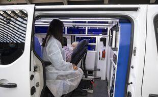Dans une ambulance à Nice. (illustration)