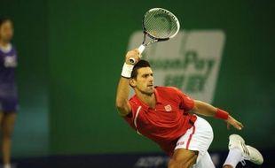 Novak Djokovic et Roger Federer se sont une nouvelle fois qualifiés pour les demi-finales d'un Masters 1000 vendredi à Shanghai, où ils seront accompagnés par Andy Murray et Tomas Berdych, lequel a mis fin aux espoirs de Jo-Wilfried Tsonga.