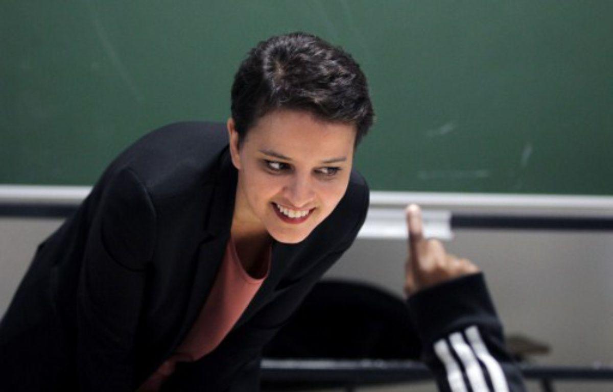 Najat Vallaud-Belkacem, le 22 février 2016 dans une école au Havre – CHARLY TRIBALLEAU / AFP