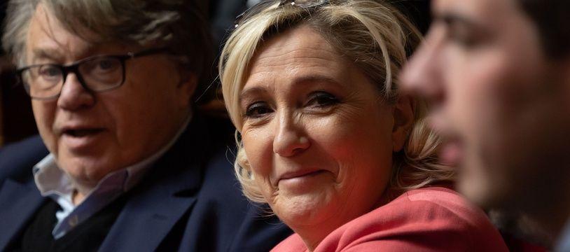 Le tribunal de Nanterre a relaxé mardi Marine Le Pen et Gilbert Collard qui étaient poursuivis pour avoir diffusé en 2015 des photos d'exactions du groupe Etat islamique.