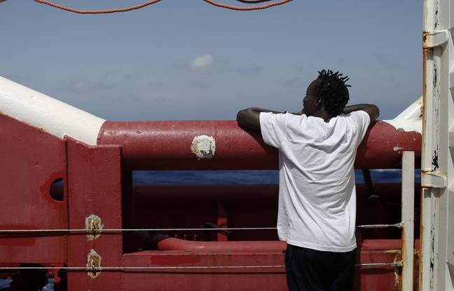 «Ocean Viking»: L'Italie autorise le navire humanitaire à débarquer à Lampedusa