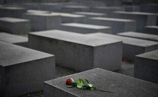 Au mémorial de Berlin pour les victimes juives d'Europe de la Seconde Guerre mondiale. (illustration)