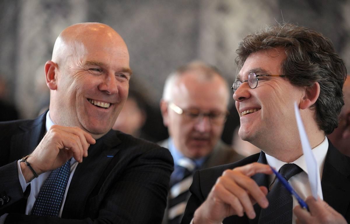 Bruno Bonnell, ici en 2014 aux côtés d'Arnaud Montebourg, alors ministre du Redressement Productif. – ERIC PIERMONT / AFP