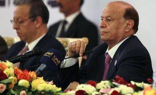"""Le dialogue national destiné à élaborer une nouvelle Constitution et préparer des élections a repris samedi au Yémen, pour un nouveau round après des """"avancées positives"""" saluées par le président Abd Rabbo Mansour Hadi."""