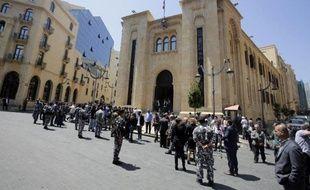 Les forces de sécurité libanaises devant le Parlement à Beyrouth le 23 avril 2014