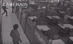 Une image tirée de la vidéosurveillance du restaurant.