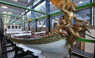 Le canot de l'Empereur a été dévoilé mercredi au public à Brest.