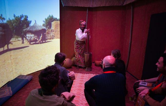 La médiation théâtrale est utilisée pour sensibiliser les visiteurs de l'exposition.