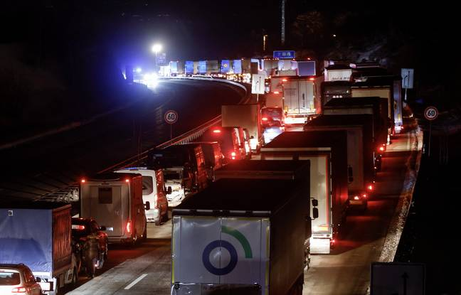 648x415 frontiere tcheque fallait dimanche compter heure embouteillage