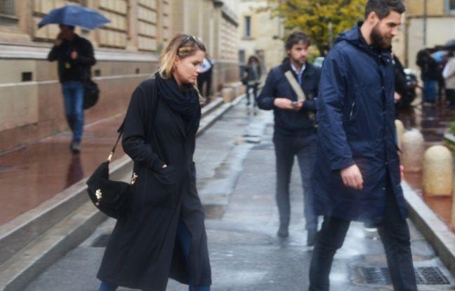 Luka Karabatic et Jennifer Priez, ce lundi, à leur sortie du tribunal.