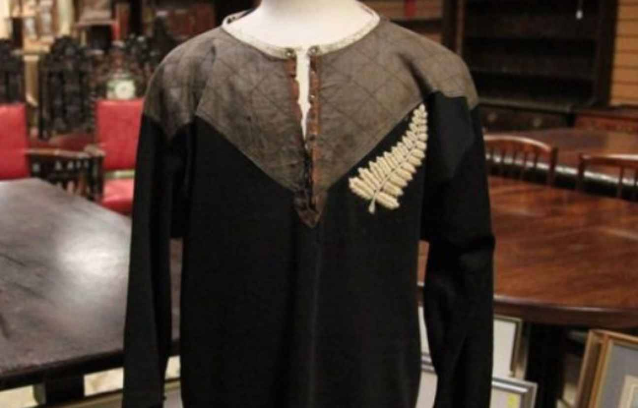 coupe du monde un maillot des all blacks de 1905 vendu euros nouveau record. Black Bedroom Furniture Sets. Home Design Ideas