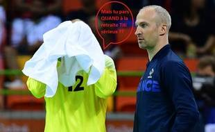 Au cas où vous n'auriez pas reconnu le joueur sous la serviette à côté de Thierry Omeyer, il s'agit de Vincent Gérard.