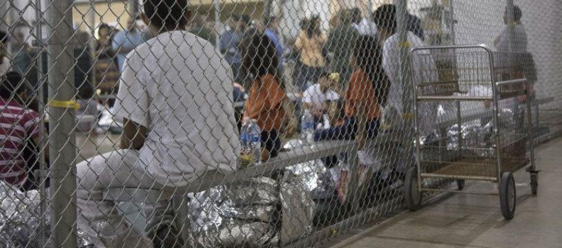 Photo prise dans un centre de rétention pour migrants clandestins, le 23 mai 2018, au Texas.