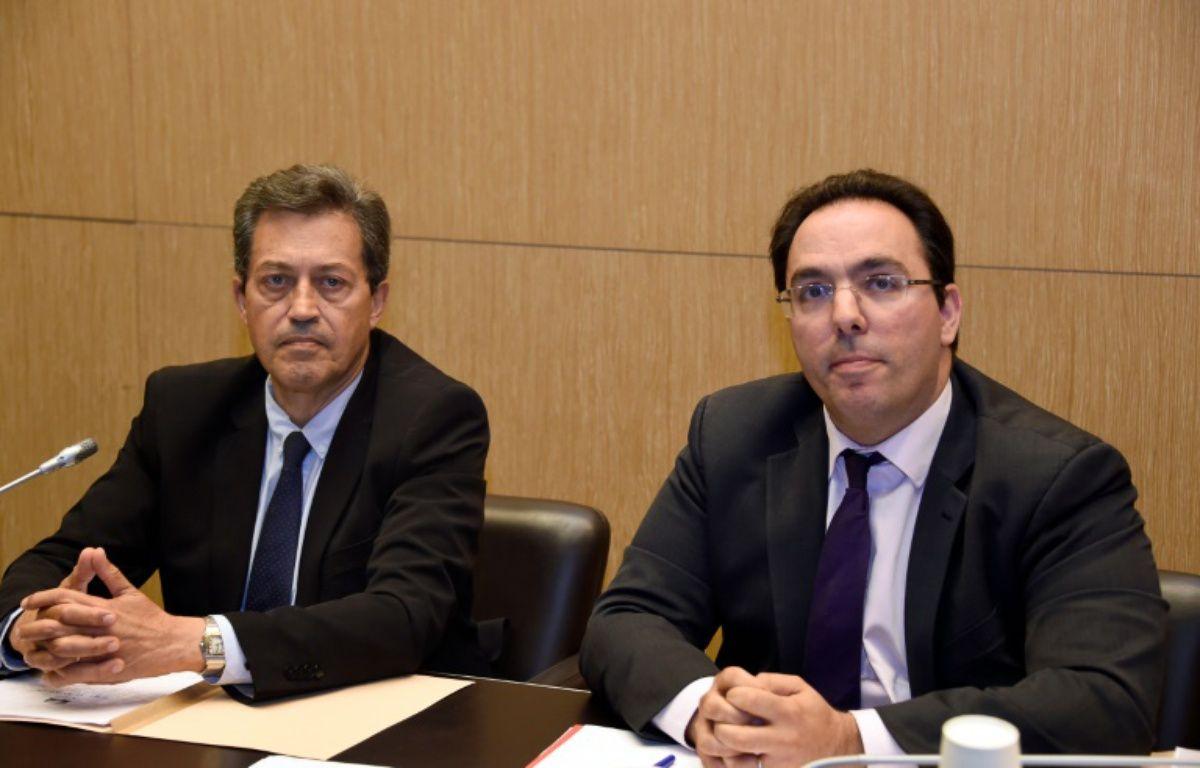 Le président, Georges Fenech, et le rapporteur, Sebastien Pietrasanta, de la commission d'enquête parlementaire lors d'une conférence de presse le 5 juillet 2016 à Paris – DOMINIQUE FAGET AFP