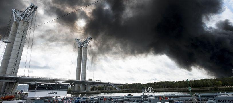 L'incendie de l'usine Lubrizol à Rouen.
