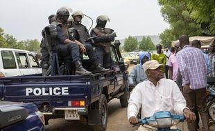 La police dans les rues de Bamako au Mali, le 25 mai 2021.
