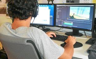Un employé d'Ubisoft, dans le studio de Castelnau-le-Lez.