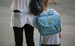 Une élève avec sa mère