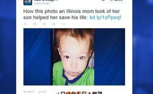 Capture d'écran de la photo de l'enfant qui a permis de diagnostiquer son cancer.