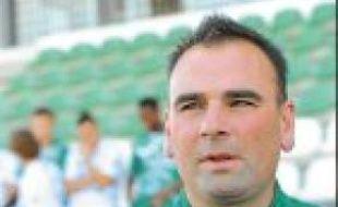 L'entraîneur Denis Renaud.