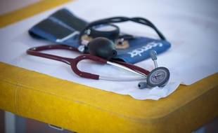 Le 09 septembre 2011. Illustration d'une consultation chez un medecin generaliste en Essonne . Tension . /// V. WARTNER / 20 MINUTES