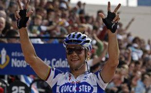 Le cycliste belge Tom Boonen, à l'arrivée de Paris Roubaix, le 12 avril 2009.