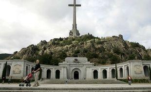 "El Valle de los Caidos"" (en français, ""la vallée de ceux qui sont tombés""), où reposent 33.000 morts de la guerre civile espagnole (1936-1939)."