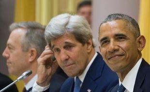 John Kerry et Barack Obama le 23 mai 2016 à Hanoï