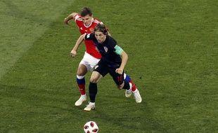 Luka Modric et la Croatie ont du mal contre la Russie