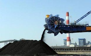 Une mine de charbon du groupe indien Adani, à Mundra, au nord-ouest de l'Inde, photographiée en février 2011