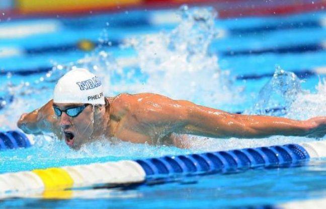 Michael Phelps disputera le 200 m papillon aux jeux Olympiques pour la quatrième fois consécutive après avoir logiquement obtenu sa qualification sur la distance, jeudi à Omaha (Nebraska) lors de la 4e journée des sélections américaines.