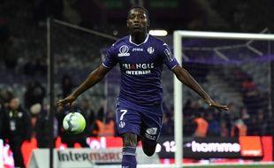 L'attaquant du TFC Max-Alain Gradel après son penalty marqué contre Caen en Ligue 1, le 9 décembre 2017 au Stadium de Toulouse.