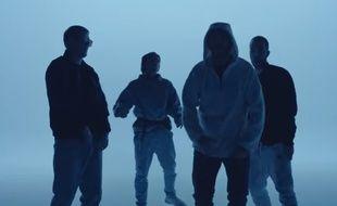 Gringe, Vald, Orelsan et Suikon Blaz AD dans le clip «Qui dit mieux».