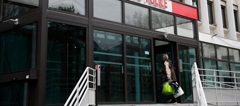 Christian Tostain, le PDG du Dauphiné Libéré a été place en garde, soupçonné d'avoir commis des violences conjugales en récidive. L'hôtel de police à Grenoble.