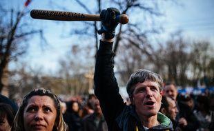 Une manifestation pro-russe en Ukraine, en avril 2014.