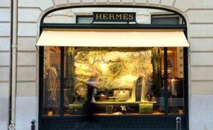 Dans un environnement encore incertain, certaines entreprises françaises préférent récompenser leurs actionnaires, via des dividendes exceptionnels ou des rachats d'actions, un moyen d'utiliser des liquidités abondantes et de revaloriser leur titre en Bourse.