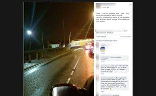 Cette photo a été prise en décembre 2017 à Mazingarbe, dans le Pas-de-Calais. Le passage à niveau est composé de quatre semi-barrières et de signaux lumineux.