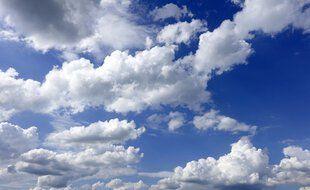 Un ciel ennuagé. Illustration.