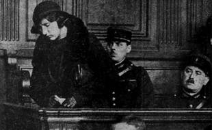 Violette Nozière lors de son procès à Paris en 1934.